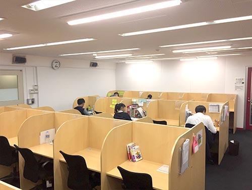 武田塾神戸三宮校のトレーニング風景3
