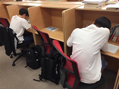 武田塾京都校のトレーニング風景3