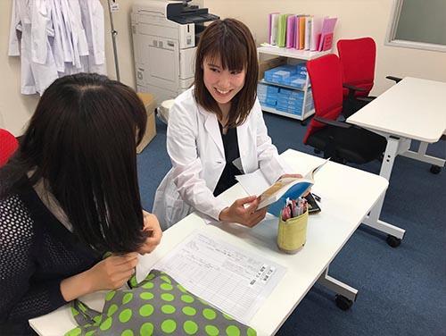 武田塾上本町校のトレーニング風景1